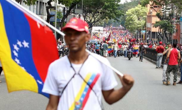 عکس/ تظاهرات حامیان نیکلاس مادورو در ونزوئلا - 13