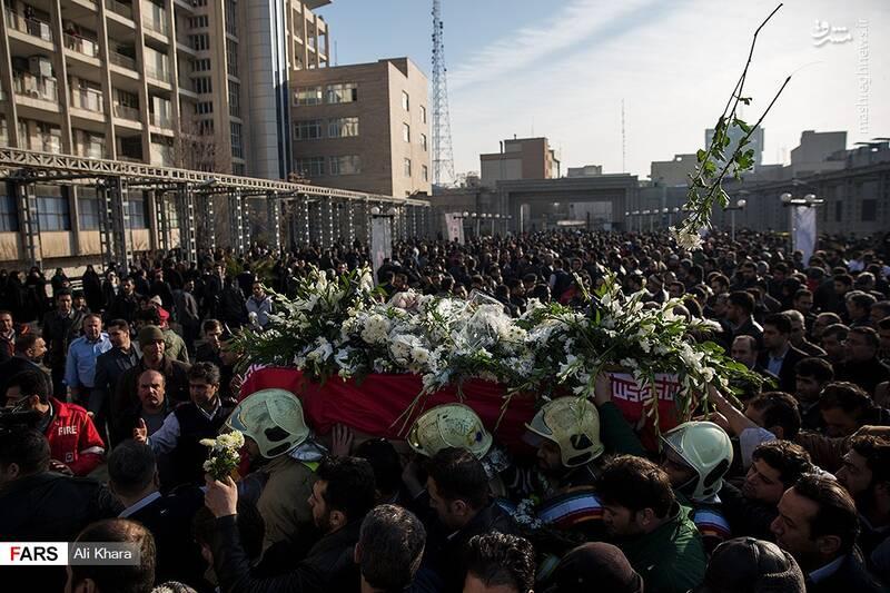 عکس/ تشییع پیکر آتشنشان شهید - 26