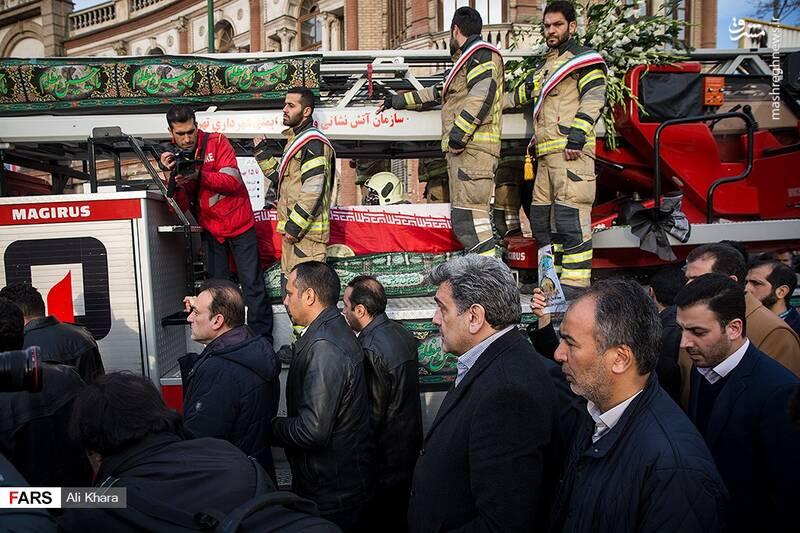 عکس/ تشییع پیکر آتشنشان شهید - 8