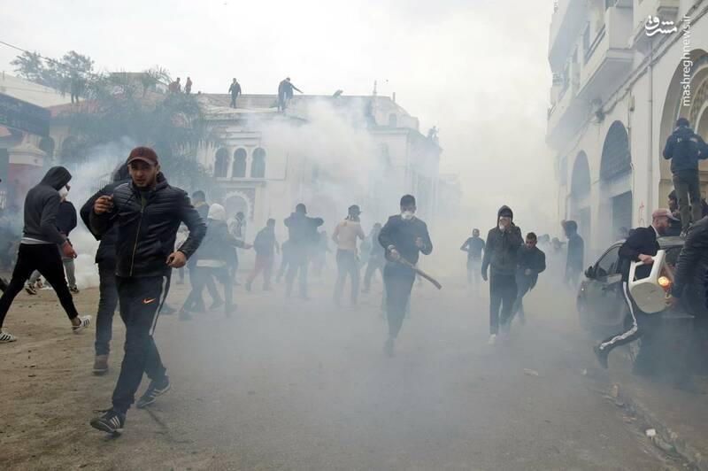 عکس/ ادامه ناآرامیها در خیابانهای الجزایر - 10