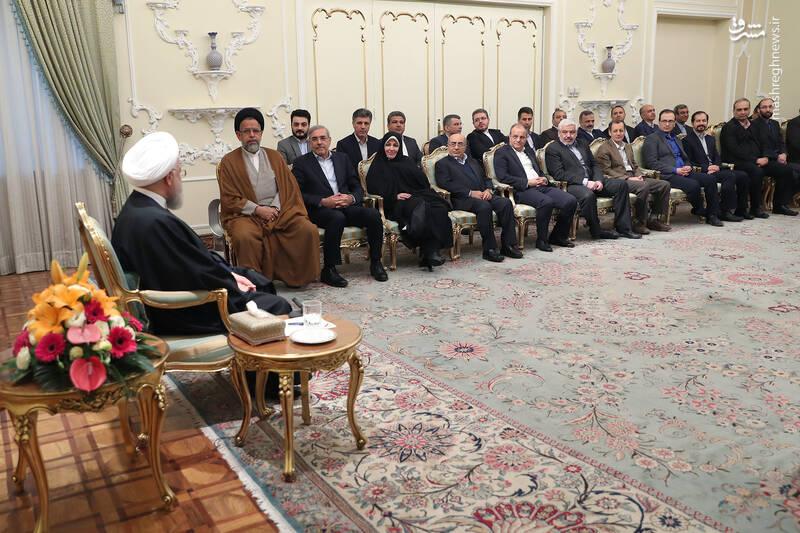 عکس/ دیدار نوروزی جمعی از وزرا با روحانی - 3