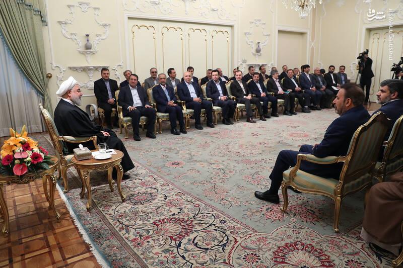 عکس/ دیدار نوروزی جمعی از وزرا با روحانی - 7