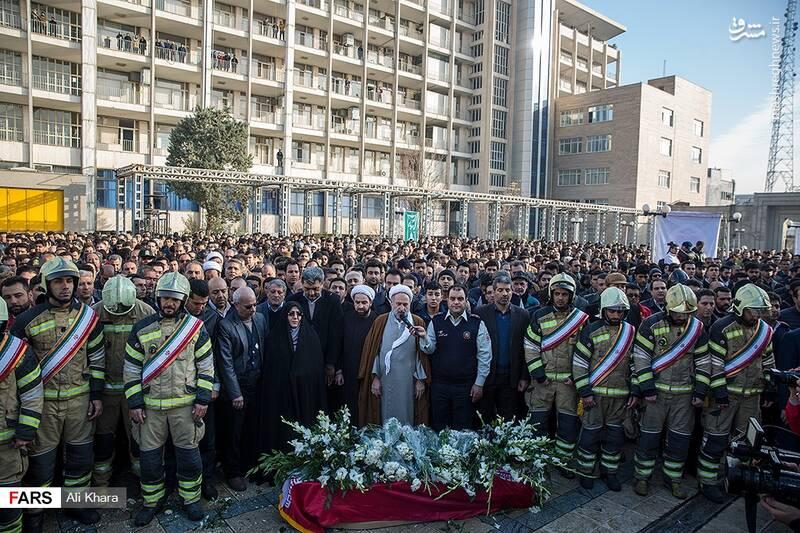 عکس/ تشییع پیکر آتشنشان شهید - 24