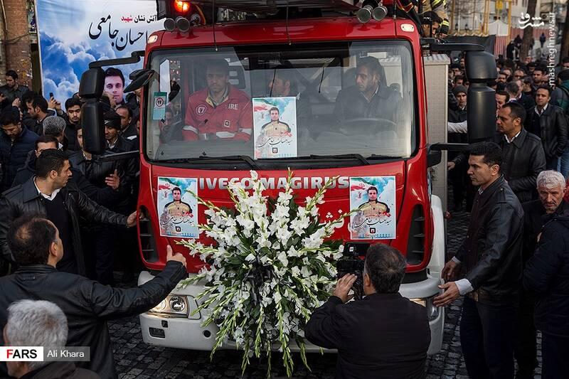 عکس/ تشییع پیکر آتشنشان شهید - 7