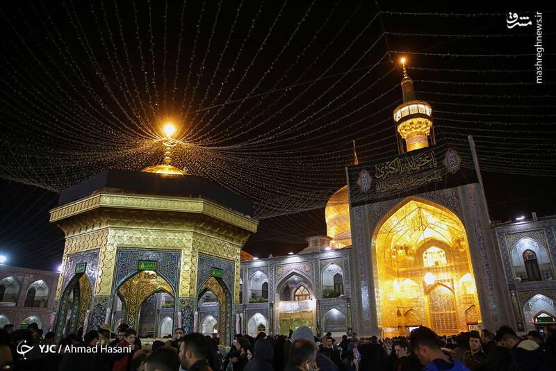 عکس/ شب شهادت حضرت زهرا (س) در حرم مطهر رضوی - 0
