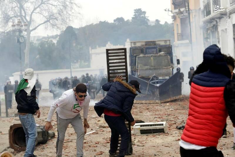عکس/ ادامه ناآرامیها در خیابانهای الجزایر - 7