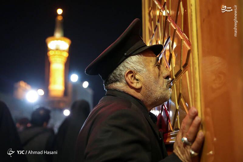 عکس/ شب شهادت حضرت زهرا (س) در حرم مطهر رضوی - 18