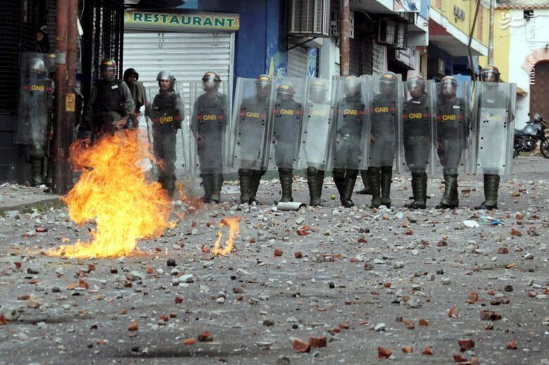 عکس/ در ونزوئلا چه خبر است؟ - 16