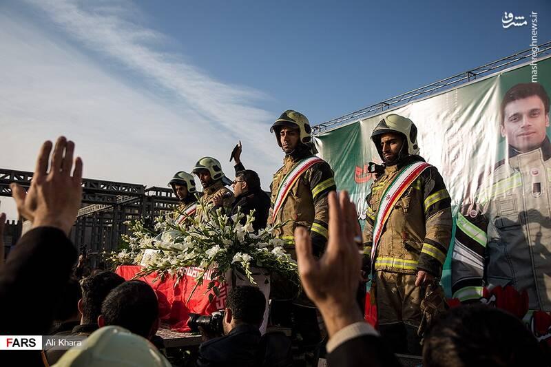 عکس/ تشییع پیکر آتشنشان شهید - 22