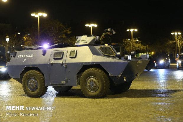 حکومت نظامی در پاریس - 20