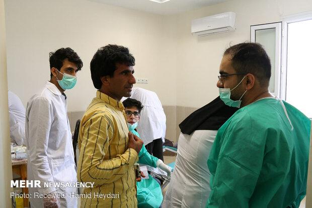 ارائه خدمات درمانی رایگان در مناطق محروم منطقه هشت بندی هرمزگان - 18
