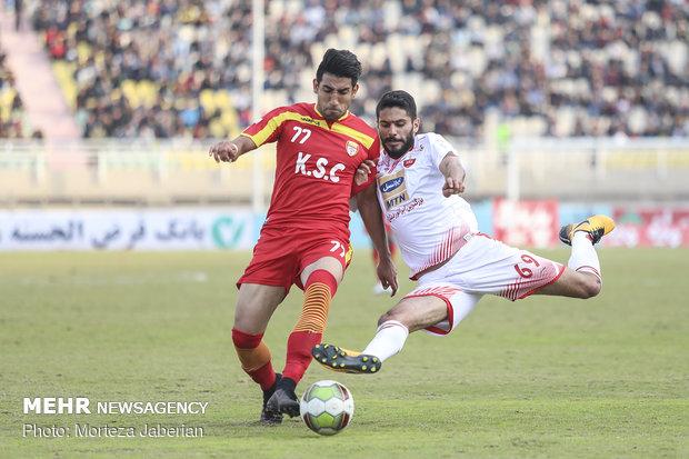 دیدار تیمهای فوتبال فولاد خوزستان و پرسپولیس تهران - 83