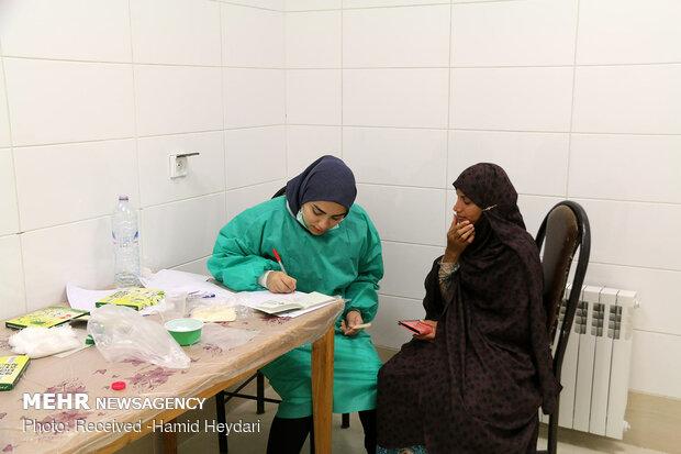 ارائه خدمات درمانی رایگان در مناطق محروم منطقه هشت بندی هرمزگان - 10