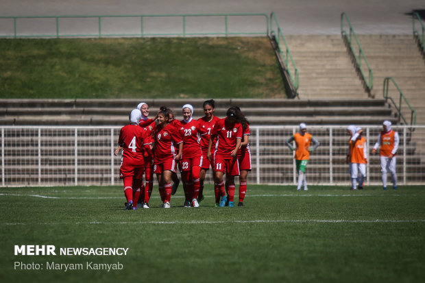 دیدار فوتبال دختران ایران و اردن - 22
