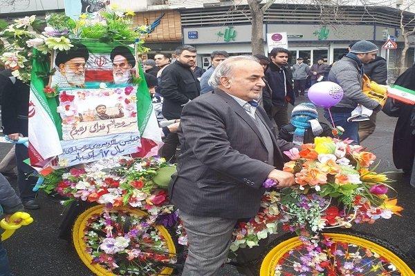 حاشیههای راهپیمایی ۲۲ بهمن در ارومیه/سرما مانع حضور نشد - 7