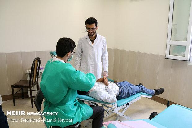 ارائه خدمات درمانی رایگان در مناطق محروم منطقه هشت بندی هرمزگان - 1