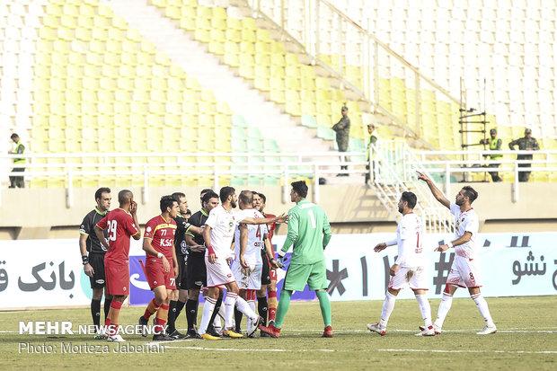 دیدار تیمهای فوتبال فولاد خوزستان و پرسپولیس تهران - 79
