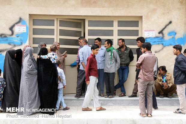 ارائه خدمات درمانی رایگان در مناطق محروم منطقه هشت بندی هرمزگان - 16