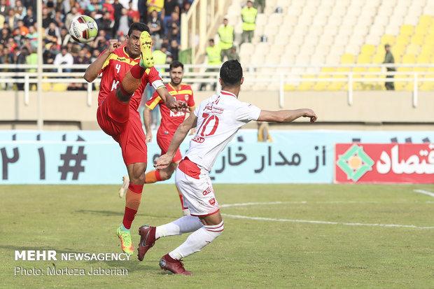 دیدار تیمهای فوتبال فولاد خوزستان و پرسپولیس تهران - 32