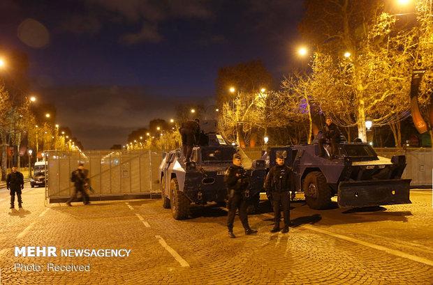 حکومت نظامی در پاریس - 1