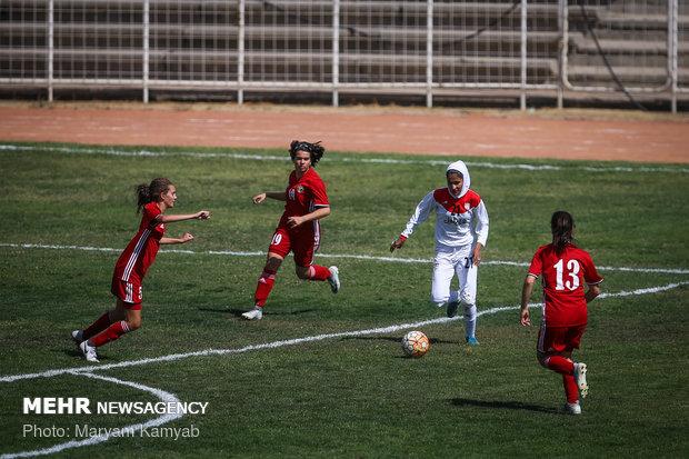 دیدار فوتبال دختران ایران و اردن - 60