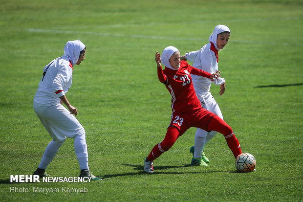 دیدار فوتبال دختران ایران و اردن - 36