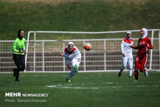 دیدار فوتبال دختران ایران و اردن - 18