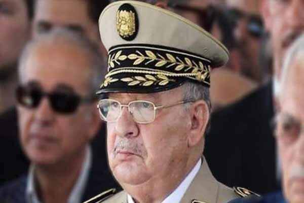 تکذیب برکناری ژنرال «احمد قاید صالح» از سوی بوتفلیقه