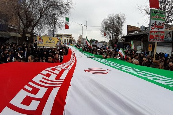 حاشیههای راهپیمایی ۲۲ بهمن در ارومیه/سرما مانع حضور نشد - 4