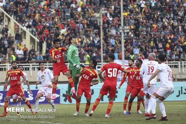 دیدار تیمهای فوتبال فولاد خوزستان و پرسپولیس تهران - 109