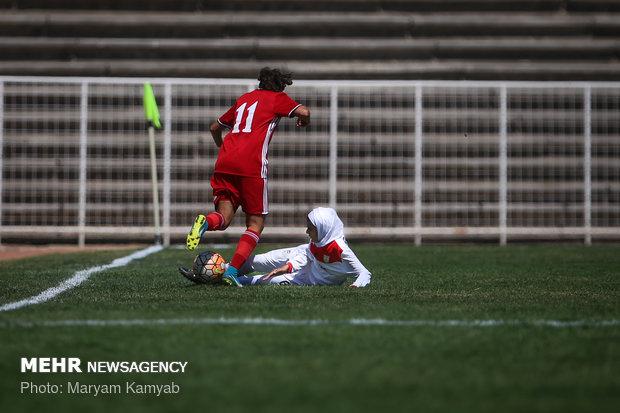 دیدار فوتبال دختران ایران و اردن - 12