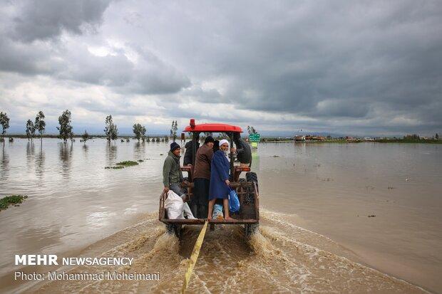 شدت گرفتن سیلاب در روستاهای استان گلستان - 11
