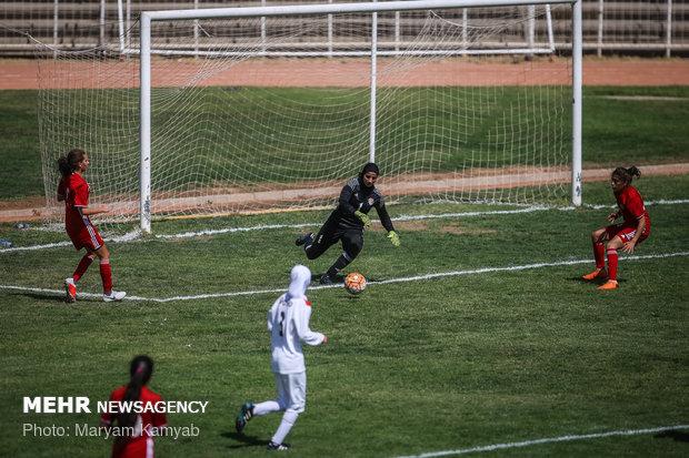 دیدار فوتبال دختران ایران و اردن - 56