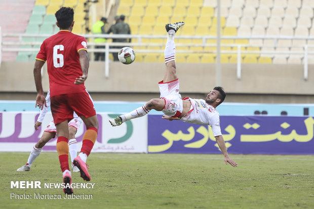 دیدار تیمهای فوتبال فولاد خوزستان و پرسپولیس تهران - 65