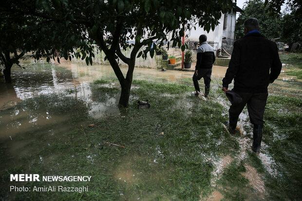 اولین روز نوروز سیل زدگان مازندران - 47