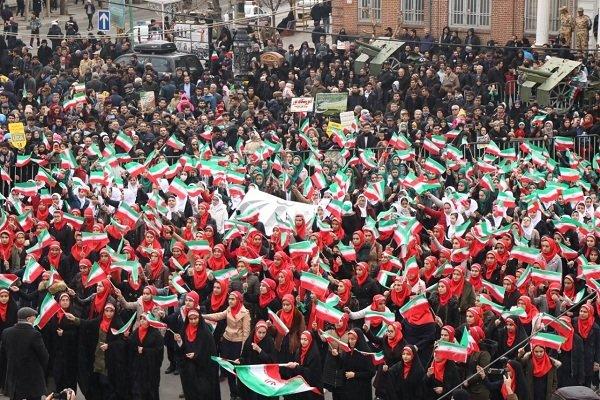 حاشیههای راهپیمایی ۲۲ بهمن در ارومیه/سرما مانع حضور نشد - 9