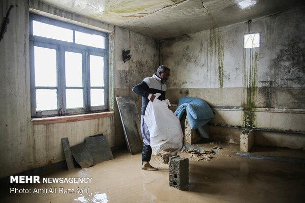 اولین روز نوروز سیل زدگان مازندران - 61