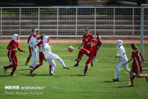 دیدار فوتبال دختران ایران و اردن - 38