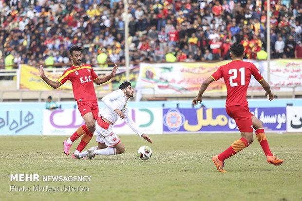 دیدار تیمهای فوتبال فولاد خوزستان و پرسپولیس تهران - 61