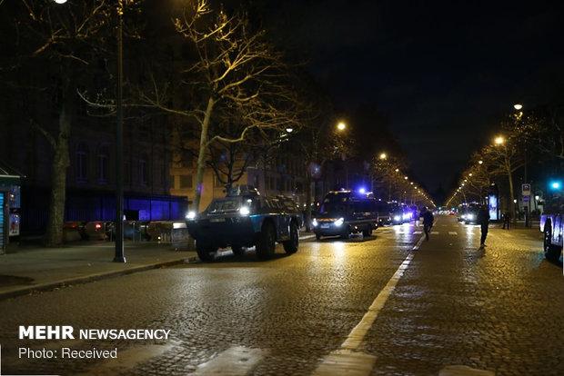 حکومت نظامی در پاریس - 26