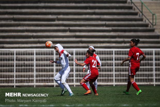 دیدار فوتبال دختران ایران و اردن - 14