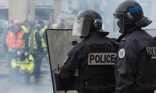 پلیس فرانسه ۳۵۷ معترض را در پاریس بازداشت کرد/تظاهرکنندگان خواستار برکناری مکرون شدند - 0