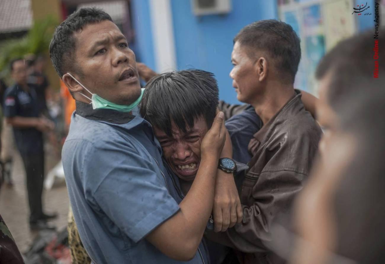 تصاویری از سونامی مرگبار در اندونزی - 11