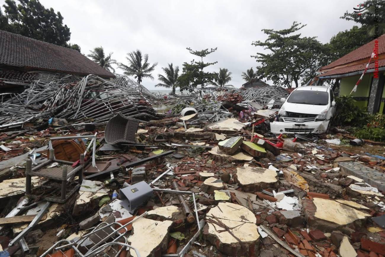 تصاویری از سونامی مرگبار در اندونزی - 17