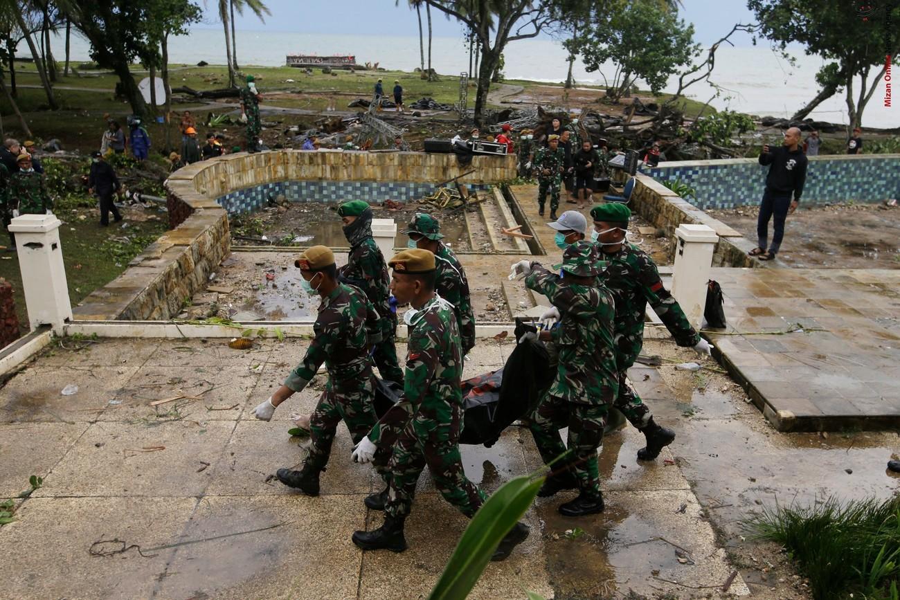 تصاویری از سونامی مرگبار در اندونزی - 4