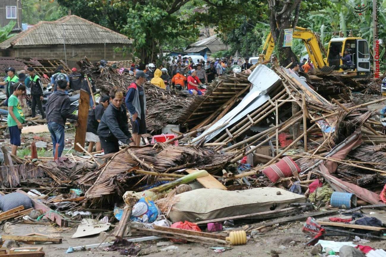 تصاویری از سونامی مرگبار در اندونزی - 9