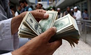 دلار همچنان در حال سقوط/ دلالان: ضرر بی سابقه ای کردیم - 0