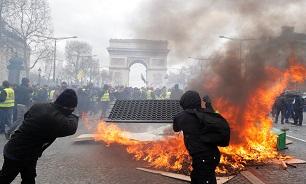 تظاهرات معترضان فرانسوی به نظام سرمایه داری وارد چهارمین ماه خود شد؛ مکرون اتاق بحران تشکیل داد - 4