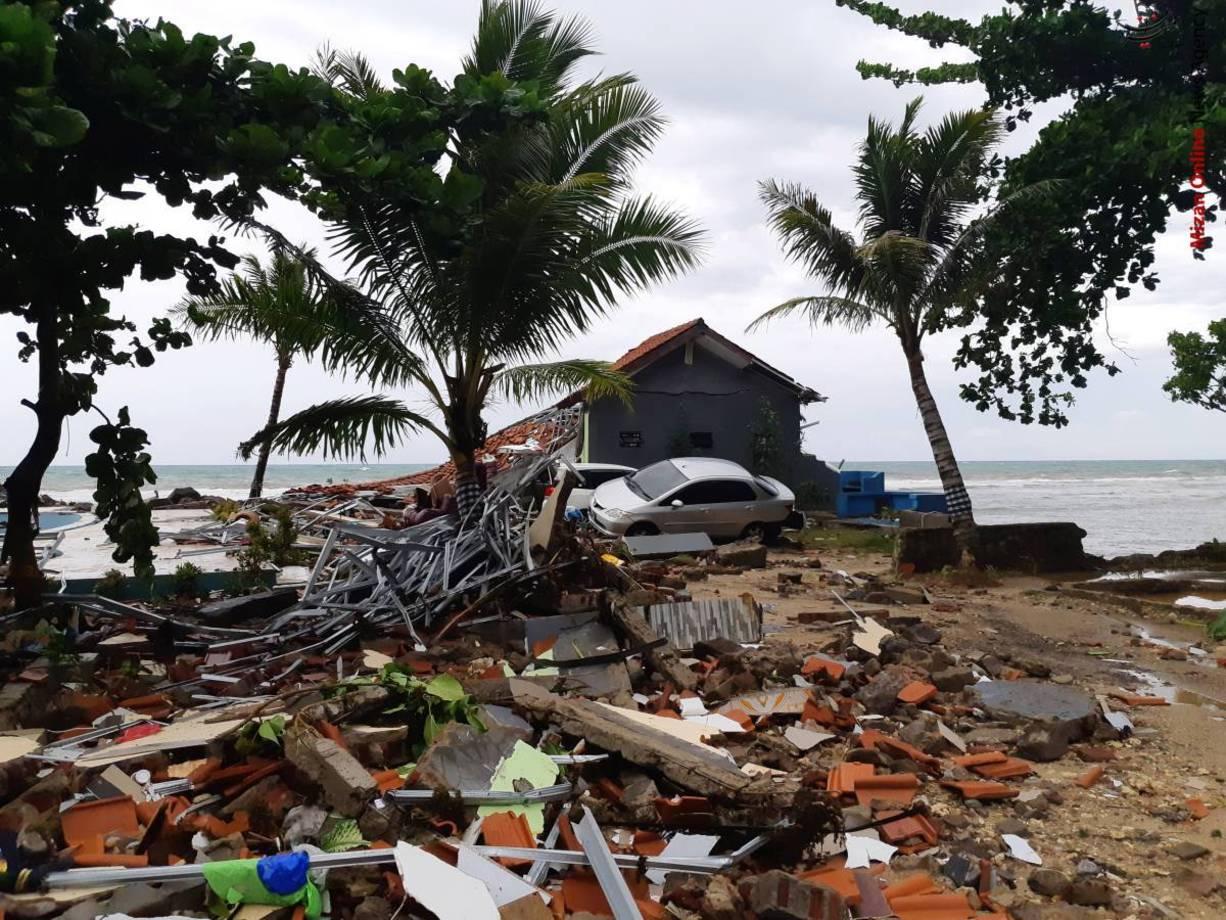 تصاویری از سونامی مرگبار در اندونزی - 3