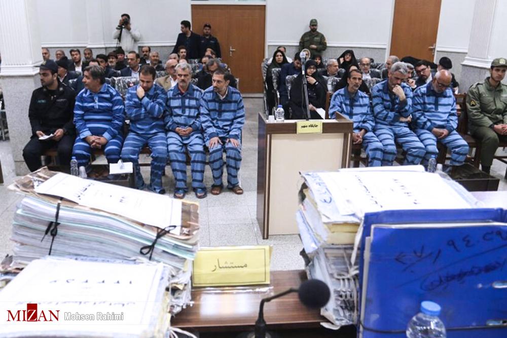 نماینده دادستان: متهمان همکاریهای لازم برای بازگرداندن اموال سپرده گذاران انجام دهند - 0